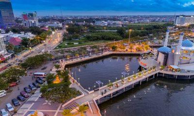 มัสยิดกลางน้ำ 3 แห่งที่สวยที่สุดในอินโดนีเซีย