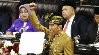 ผู้นำอินโดนีเซียเบรกการโหวต ร่างก.ม.'เซ็กส์นอกสมรส'